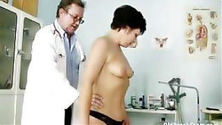 sex movie Mature woman Eva visits gyno doctor to get gyno mature exam