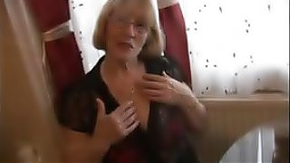 sex movie Sexy granny in pantyhose striptease