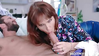 Big Tits MILF Stepmom Syren De Mer Morning Family Sex With High School Stepson