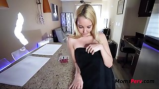 Petite MOM loves bending for SON- Aaliyah Love