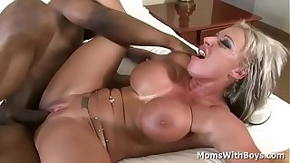 Milf Carmen Jays Fucking cock into her mature pussy