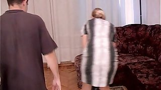 Stepmom Fucked By Stepson For House Cleaning