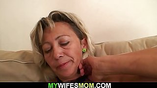 Blonde mommy pleases son-in-law