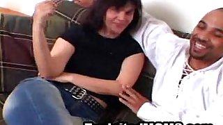 Amateur Mom gets a Big Black Dick in Mature Video