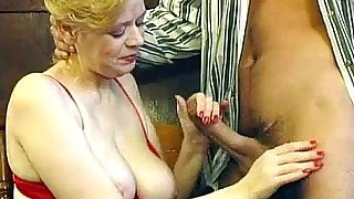 Older lady getting her hairy pussy fucked