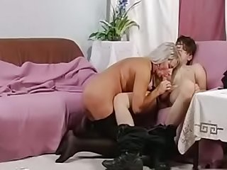 son cums on mom  MOTHERYES.COM