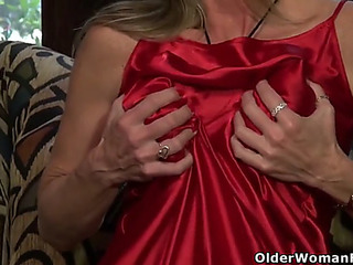 American mother i'd like to fuck fortunate has lots of pleasure with a red sex toy