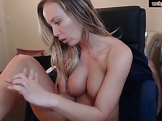 Webpussi.com an concupiscent beauty copulates herself in an anal valve